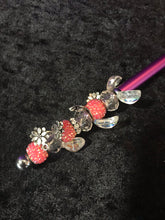 Load image into Gallery viewer, Pink Roses Beaded Stylus