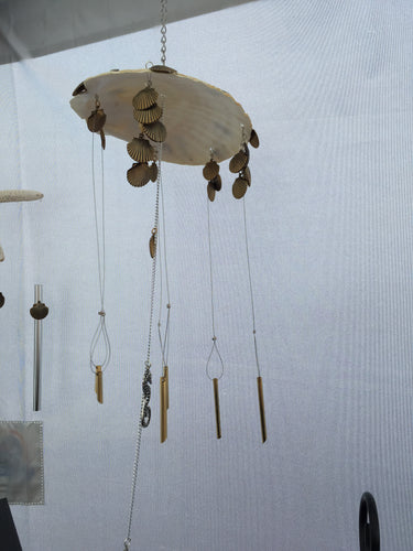 Seahorses with Tiny Chimes