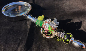 Froggy Climbs the Rosebush Magnifying Glass