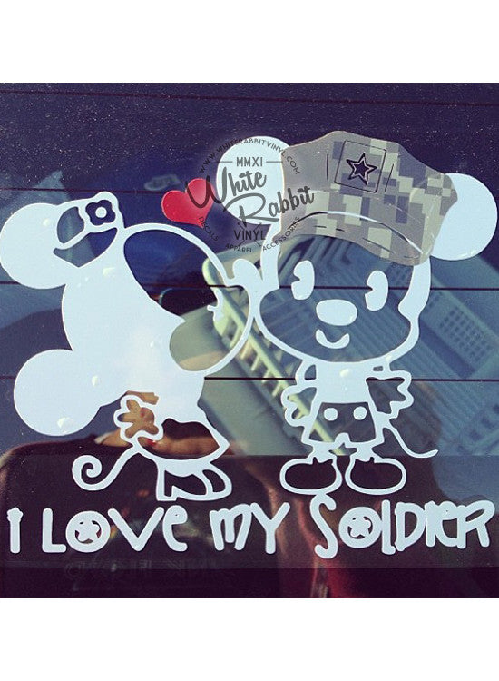 MnM Mouse Kiss - Soldier Decal