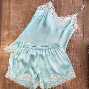 Floral Lace Short Aqua Powder