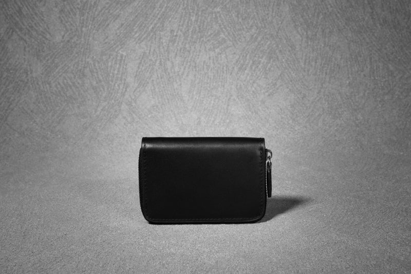 ALG-301 SMALL LEATHER POUCH WITH CARD COMPARTMENT