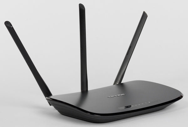 TP-Link TL-WR940N 450Mbps Wireless N Router with 4 Lan Ports - Winshaye Informatics