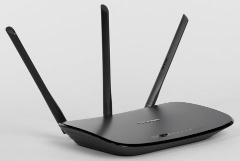 TP-Link TL-WR940N 450Mbps Wireless N Router with 4 Lan Ports