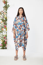 Load image into Gallery viewer, WeDu x Pothos Print Poncho