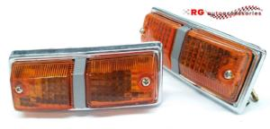 MITSUBISHI LANCER LB A77 FRONT GUARD SIDE FENDER INDICATOR LIGHTS SOLD AS A PAIR