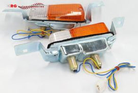 TOYOTA COROLLA KE30 FRONT PARK LIGHTS COMPLETE UNITS SOLD AS A PAIR