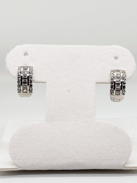 14 Karat White Gold Cubic Zircon Huggi Hoop Earrings KC1693