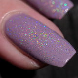 holo-topcoat-over-pale-pink-in-sun-macro-one-nail