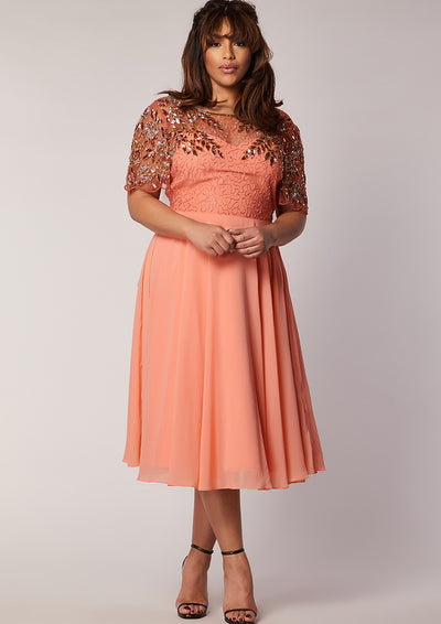CURVE Rahaya Dress Skater Peach