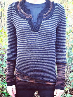 Navy Blue Crew Neck Casual Paneled Sweater