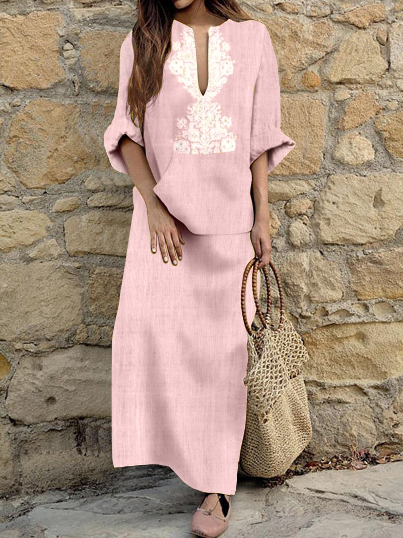 Crew Neck Geometric Printed Long Sleeve Maxi Dress