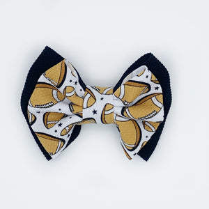 Double stacked touchdown bows and wraps