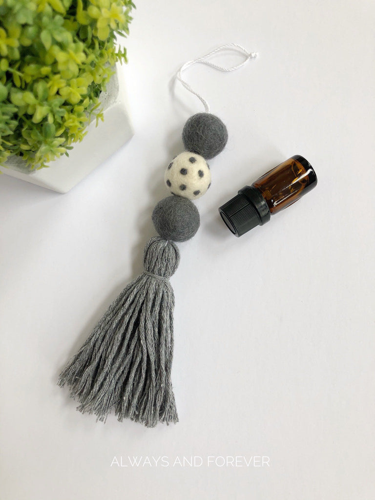 Handcrafted Essential Oil Diffuser - Grey Polkadot
