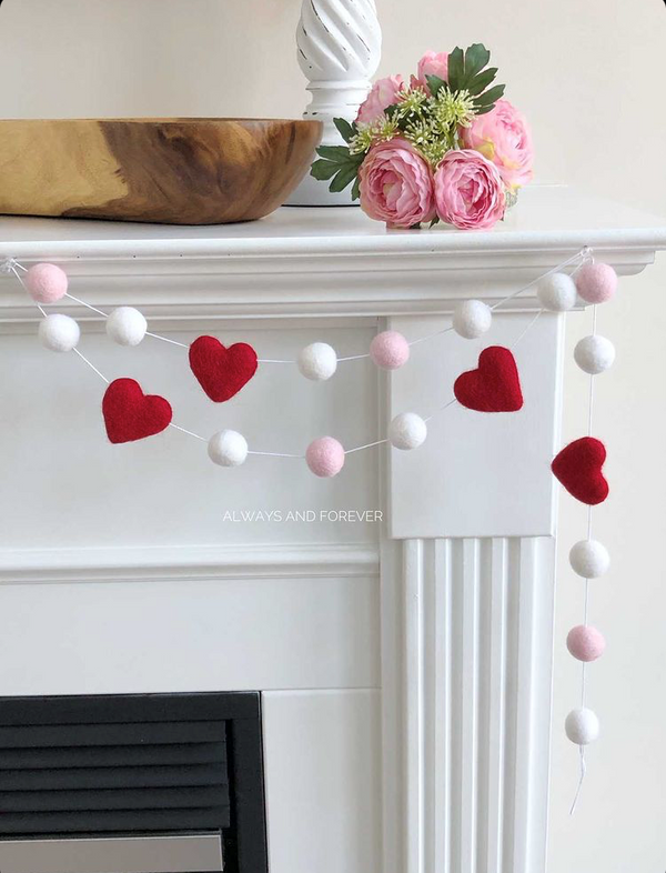 Handcrafted Felt Garland - Red Hearts