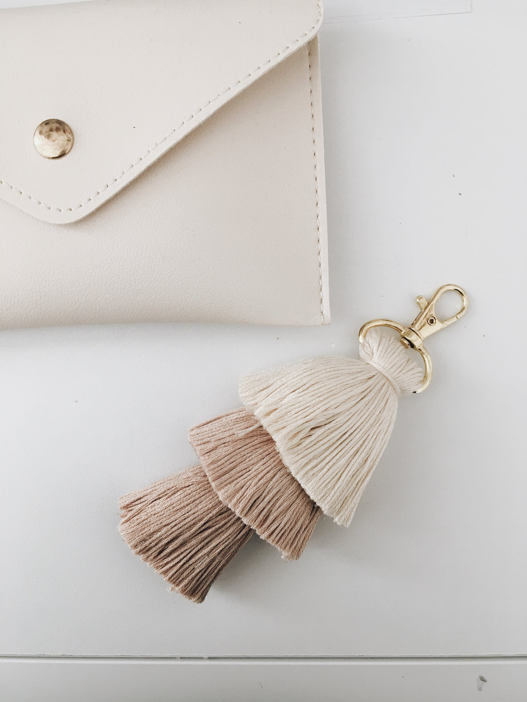 Dirty White Tassel