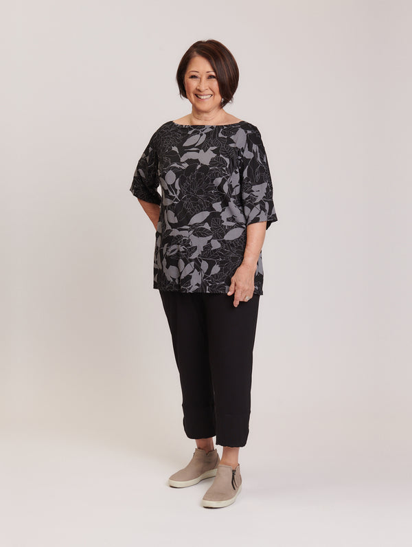Carly Top New Moon Floral