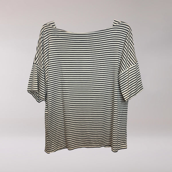 Carly Top Thin White and Black Stripes