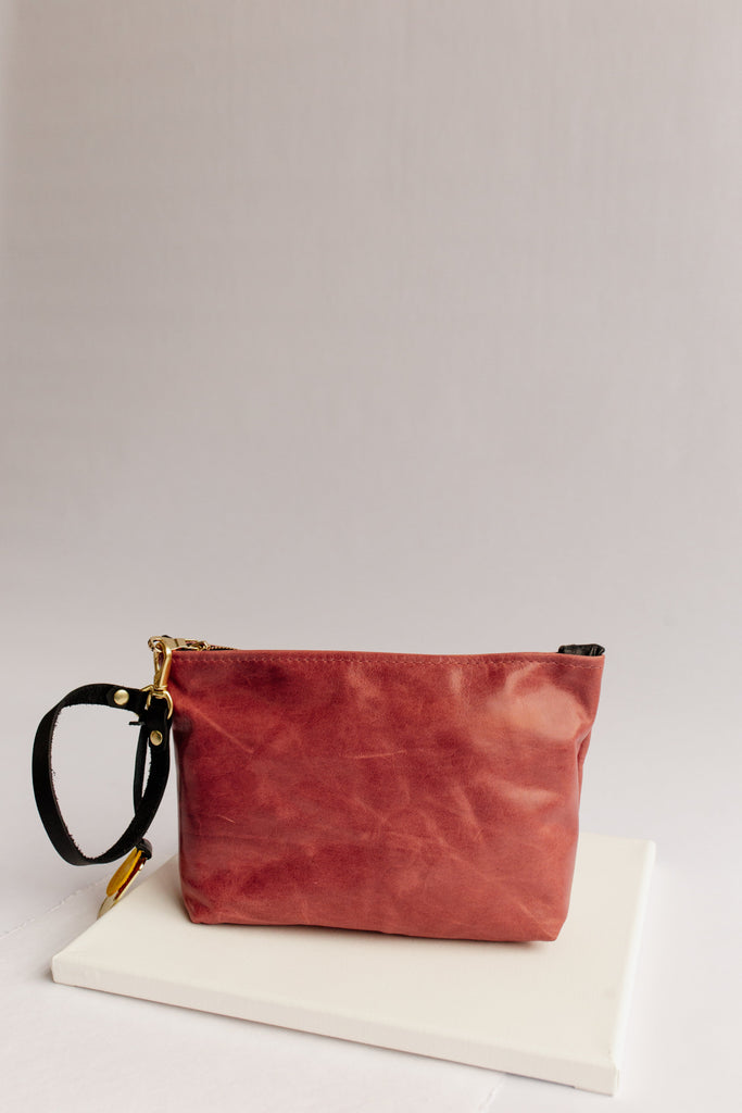 Naomi Leather Zipper Clutch | Blush