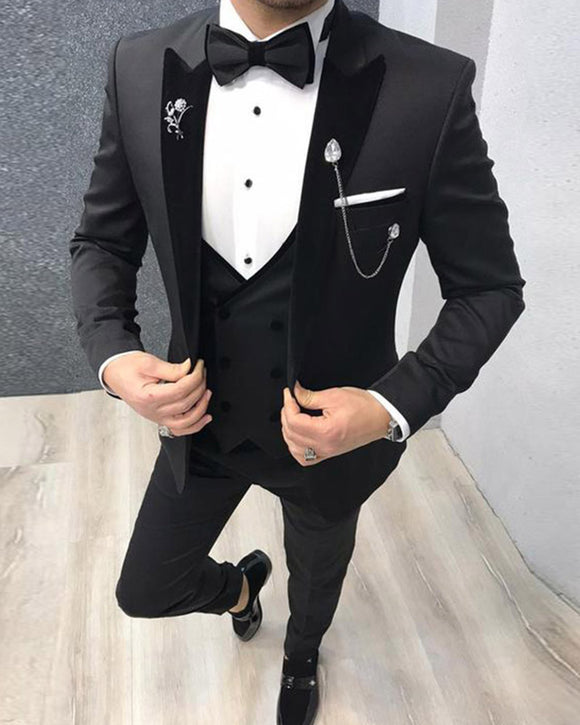 3 Pieces Slim Fit Peak Laple Black Velvet Wedding Tuxedos Groom Suits Costume Pour Hommes CB01221