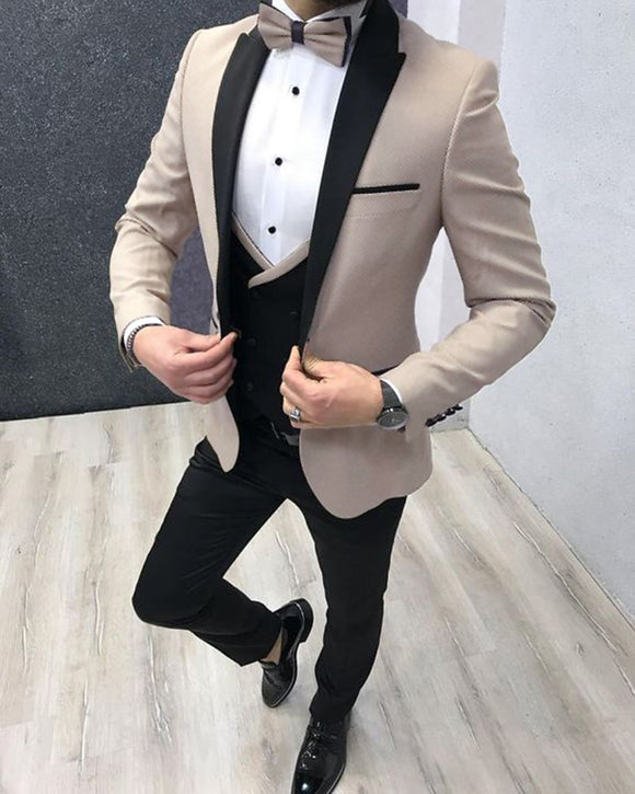 Beige Peak Lapel Slim Fit Gentle men Prom Dress Suits Out fit Groom Wedding Tuxedos 2020 3 Pieces (jakcet+vest+pants)) CB554