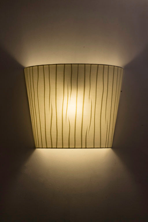 Waves Wall Lamp