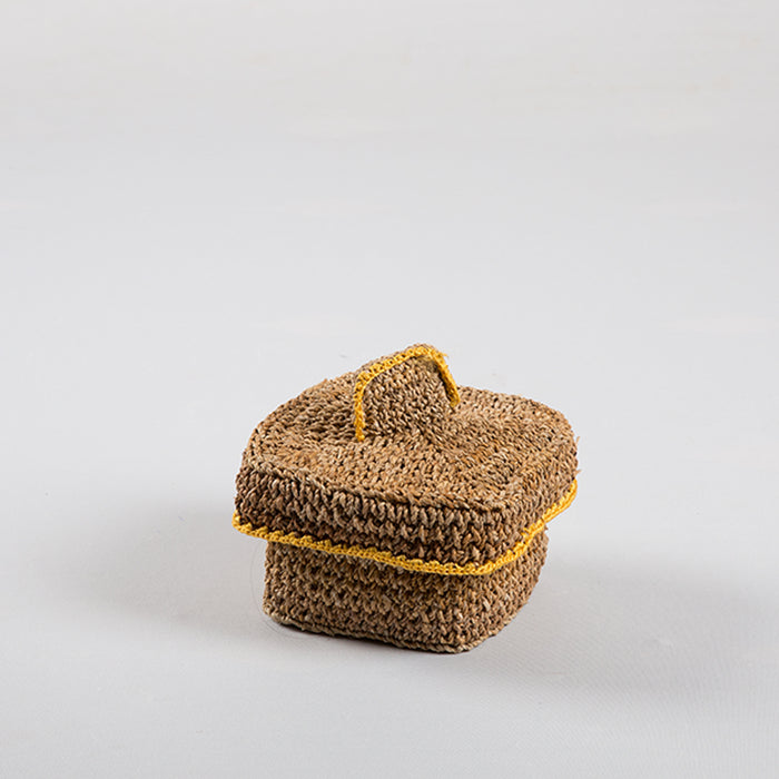 Woven Basket With Cap Small
