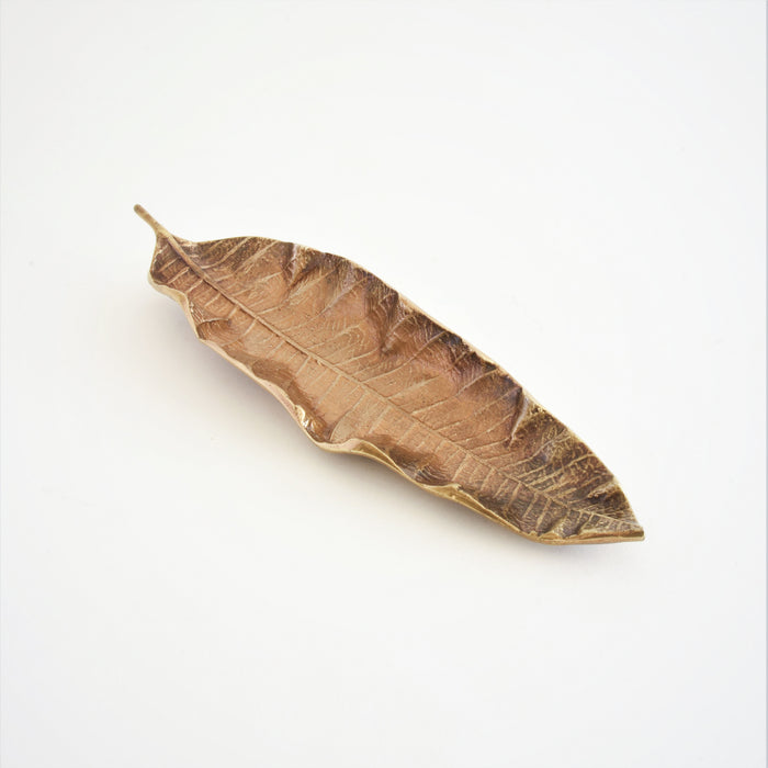 Lasya Leaf Decor (Brass)