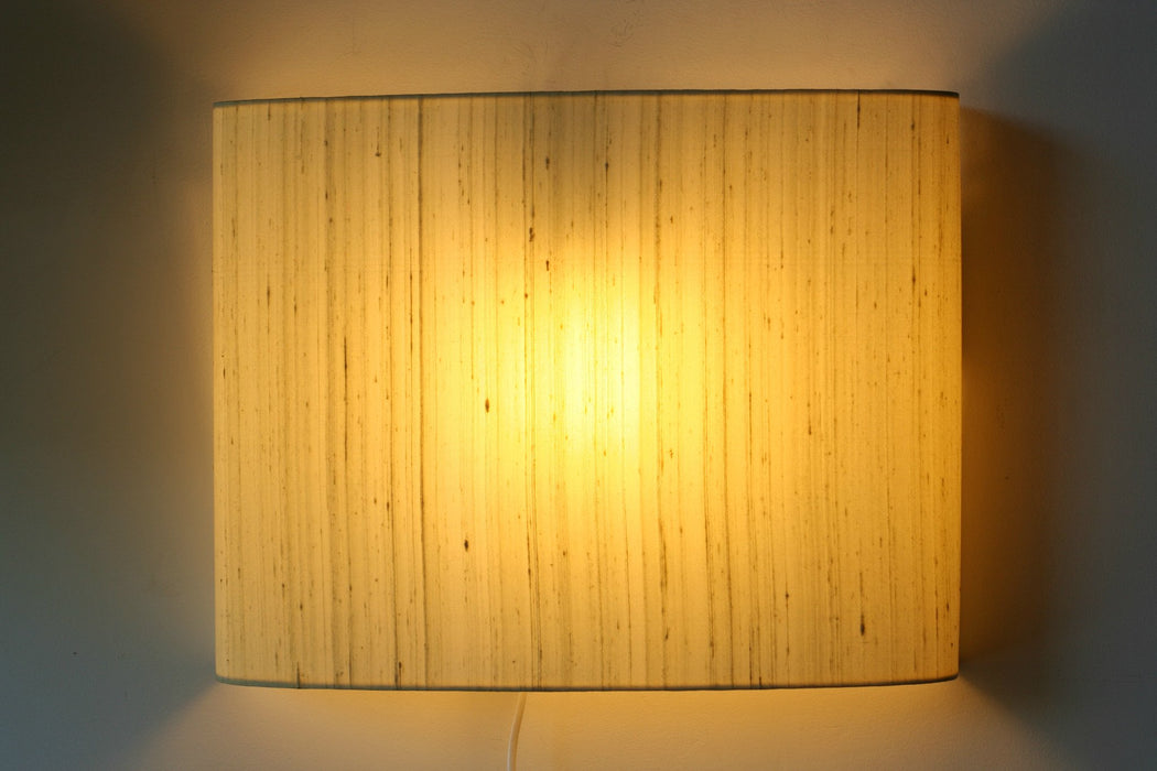 Geant Silk Wall Lamp (Off White)