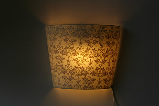 Geant Acanthe Wall Lamp (White & Gold)