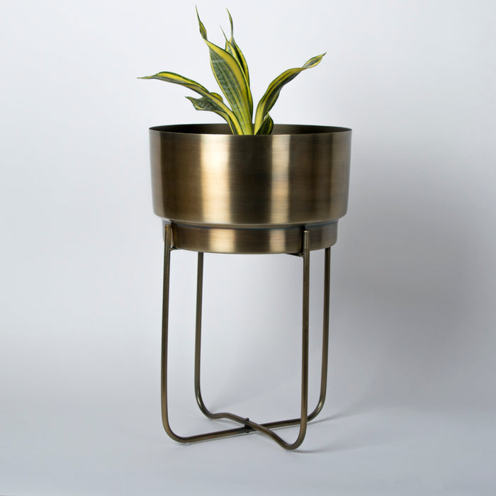 Raven Planter (with stand)