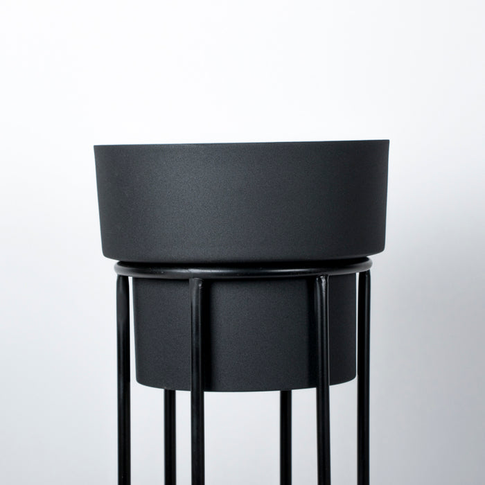 Joe Black Planter (with stand)