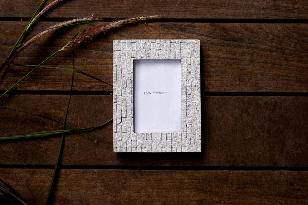 Photo Frame (White Textured)