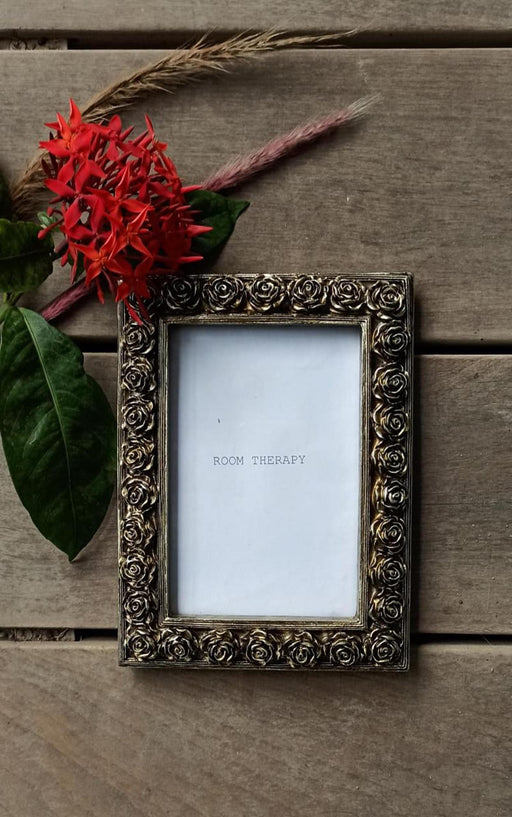 Photo Frame (Silver Flowers)
