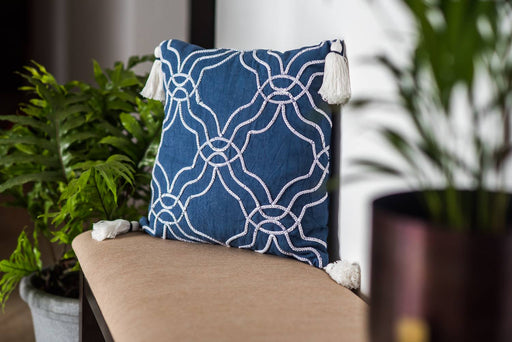 Greece White Curves Cushion Cover