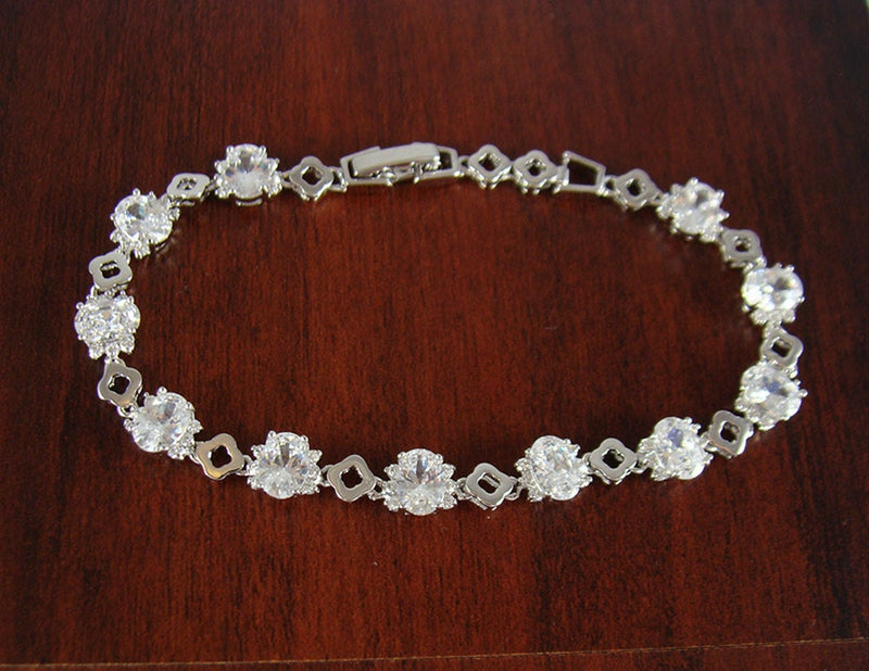 Crystal bracelet, fashion bracelet, jewelry bracelet, costume bracelet, unique bracelet, women bracelet, unique gift, girlfriend gift, BR16