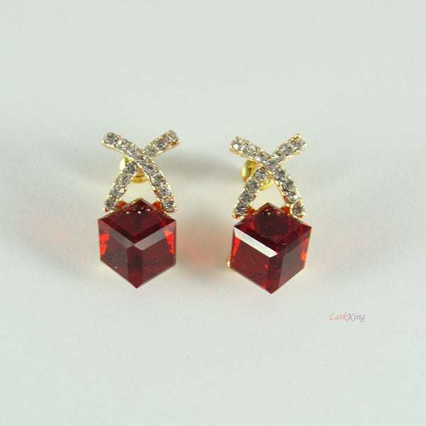 Red earrings, cubic earrings, crystal earrings, women earrings, modern earrings, unique gifts, unique jewelry, costume jewelry, ER1218