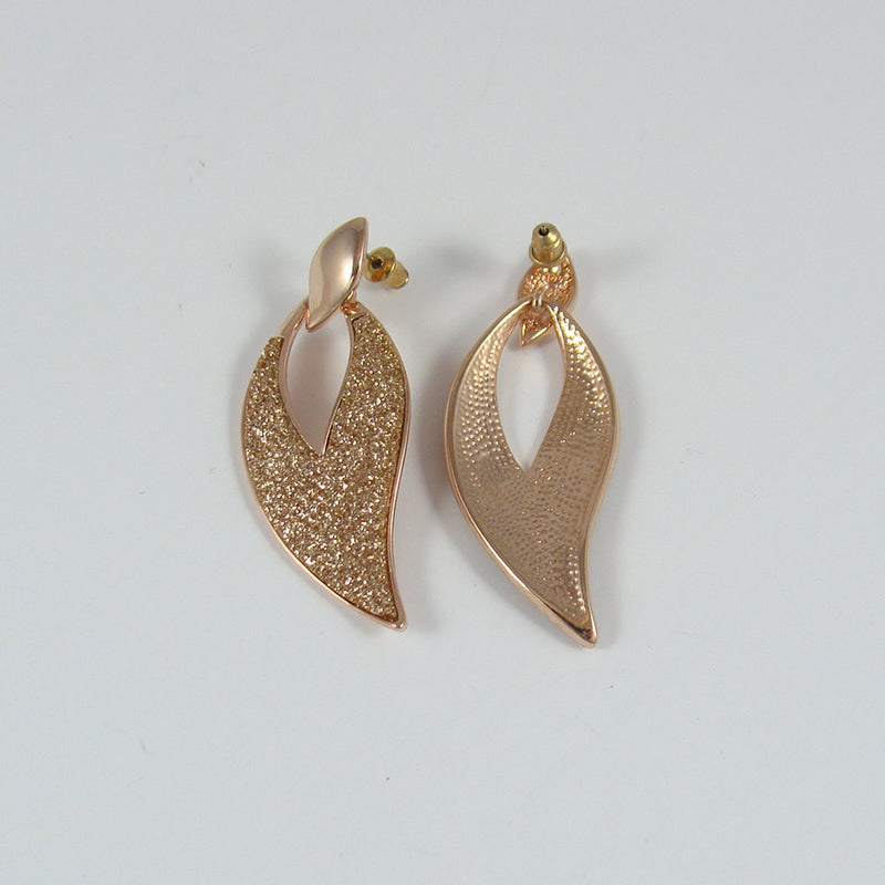 Leaf shaped earrings, dangle earrings, unique earrings, metal earrings, crystal earrings, cute earrings, girl earrings, women earrings, ER73