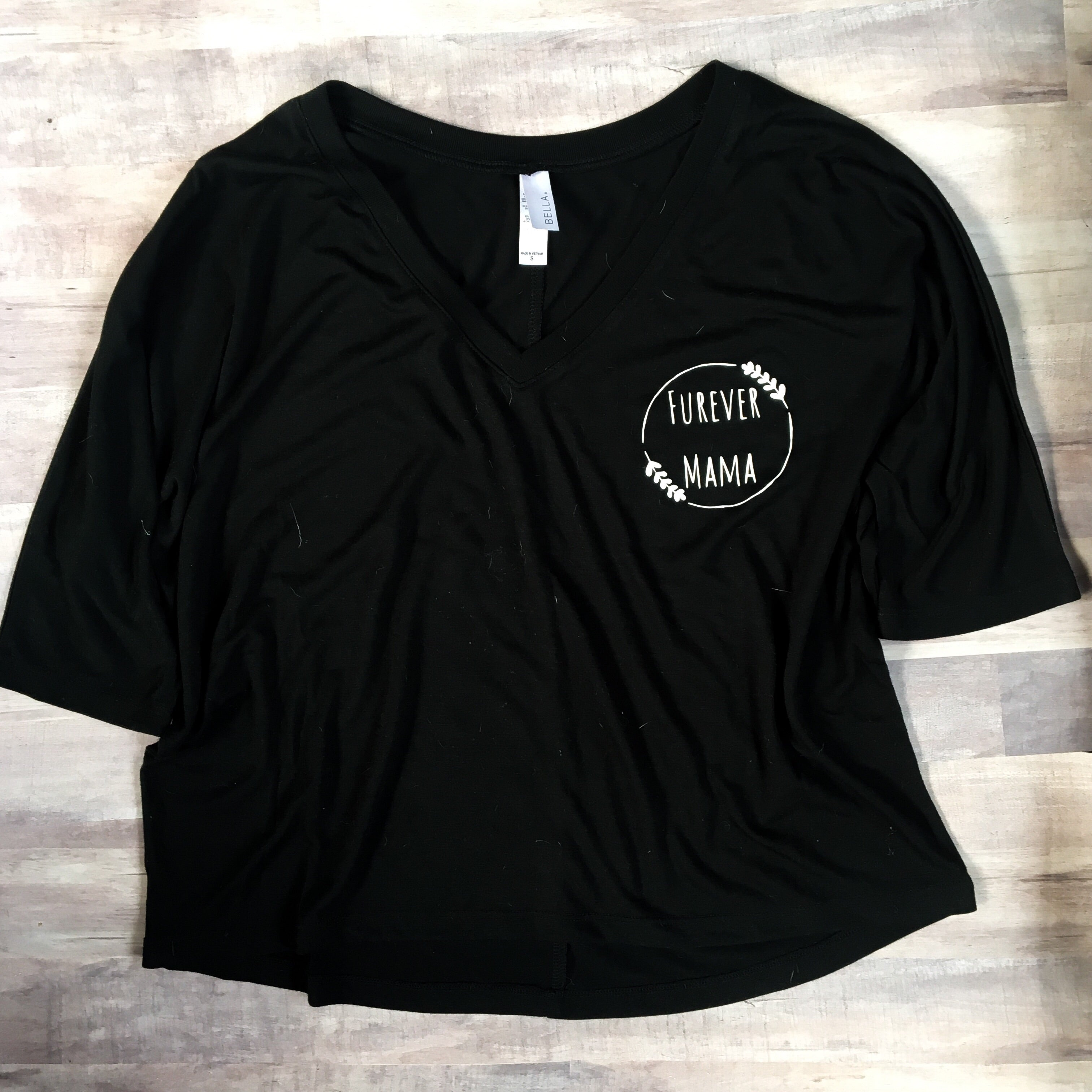 Furever Mama boxy half sleeve in Black with white decal