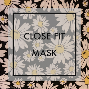 Daisies Close fit face mask with nylon ear loops