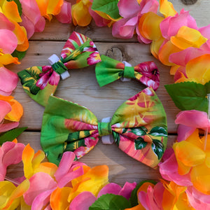 Hawaiian Flower bow tie