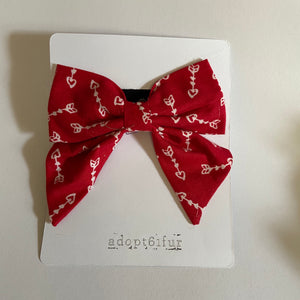 Red arrows sailor bow