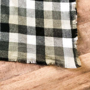 Buffalo plaid blanket scarf in black and white