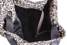 Load image into Gallery viewer, Moretti 14404 - Leather - Accesories - Leopard Print