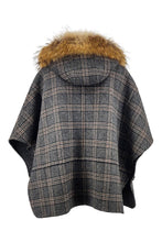 Load image into Gallery viewer, Tia Poncho, 67 cm. - Hood - Double Face Wool - Women - Check | STAMPE PELS