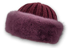Load image into Gallery viewer, 632-683-07-75 Hat - Mink Knitted - Accesories - Red (Hue) | STAMPE PELS