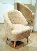 Load image into Gallery viewer, Levinsky Chair No. 1 - Australian Lamb - Accesories - Beige