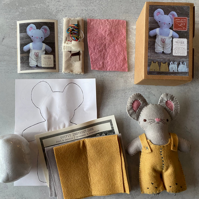 CALM Mouse Sewing Kit