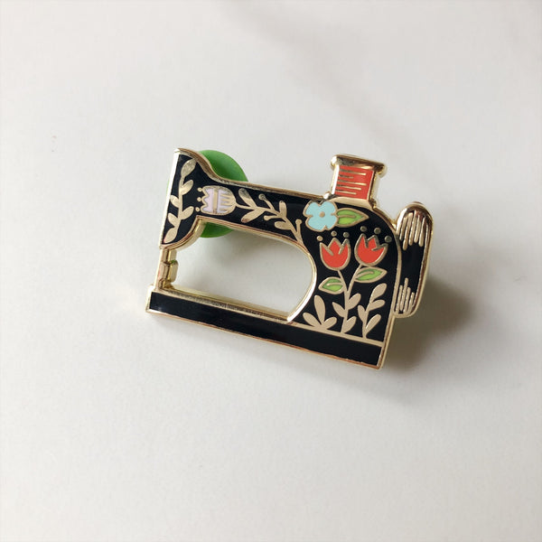 Lapel Pin - Sewing Machine