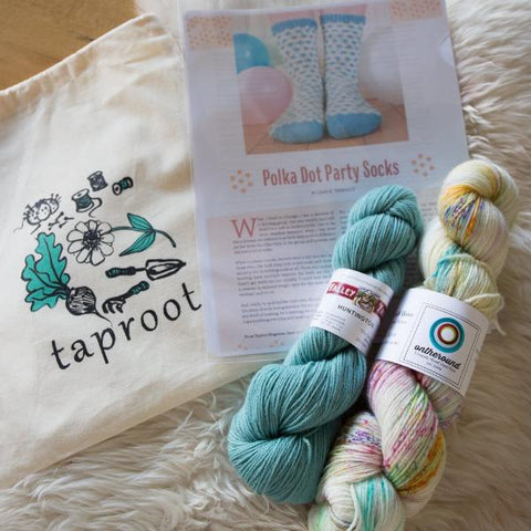 BLOOM Party Socks Kit